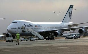 Un Boeing de la compagnie Iran Air Boeing 747 sur le tarmac de l'aéroport de Téhéran le 15 janvier 2013