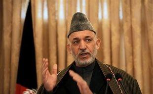Le président afghan Hamid Karzaï a appelé samedi l'ONU à rayer de sa liste noire les noms des chefs talibans qui ne sont pas liés au réseau Al-Qaïda, comme première étape vers un futur dialogue de paix.