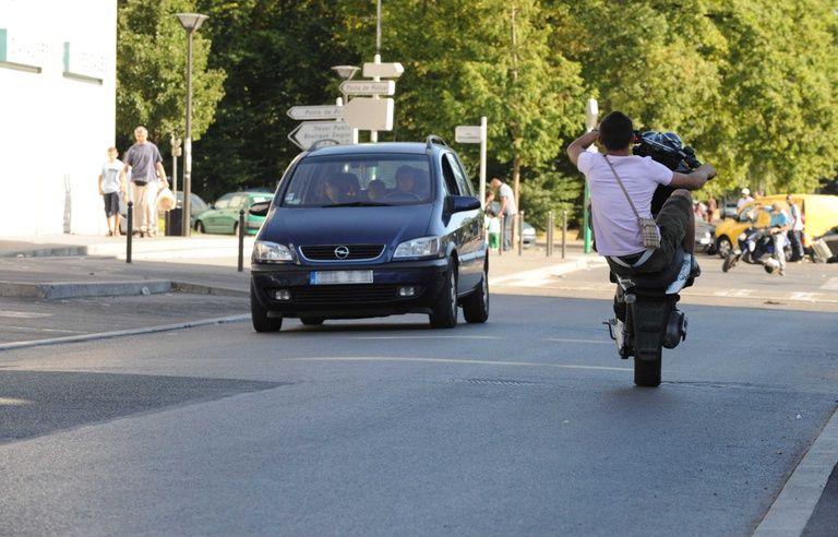 Bordeaux : Un rodéo urbain de 150 à 200 motards aux Bassins à flot