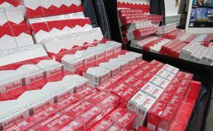 Une saisie de cigarettes par les douanes de Toulouse en 2015.