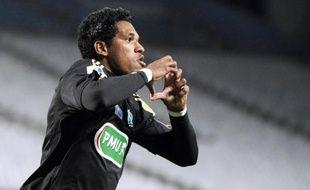"""L'attaquant brésilien Brandao, prêté au club brésilien de Cruzeiro en mars après sa mise en examen pour viol et de retour à Marseille durant le mercato d'hiver, a affirmé mardi que l'OM lui avait beaucoup manqué, rendant """"grâce à Dieu"""" pour son retour."""