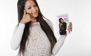 Nabilla, en 2013, avec le livre humoristique inspiré de sa phrase culte «Non mais allô !».