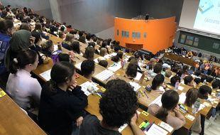 Les étudiants en Paces de Nantes passent leur concours blanc, le 8 novembre 2019