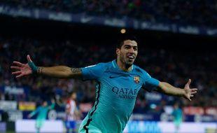 Luis Suarez fête son but contre l'Atletico Madrid le 1er février 2017.