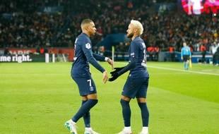 Kylian Mbappé et Neymar lors de PSG-Monaco, le 12 janvier 2020 au Parc des Princes.