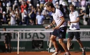 La rage de Richard Gasquet pour battre Kevin Anderson, au 3e tour de Roland-Garros, le 29 mai 2015.