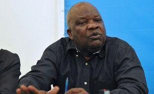 La crise en Centrafrique devrait être au coeur de pourparlers dans les prochains jours à Libreville sous l'égide de la Communauté des Etats de l'Afrique centrale (CEEAC), qui a annoncé l'arrivée dimanche au Gabon d'une délégation de la rébellion, malgré les réticences de certains rebelles.