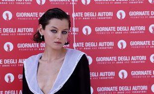 L'actrice Emma Corrin