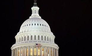 De la ricine, un poison qui a déjà été utilisé dans des attaques contre des élus dans le passé, a été détectée par les autorités dans une lettre envoyée au sénateur républicain Roger Wicker à Washington, a indiqué mardi un responsable du Sénat.