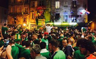 Le concert improvisé par les supporters irlandais après Belgique - Irlande.