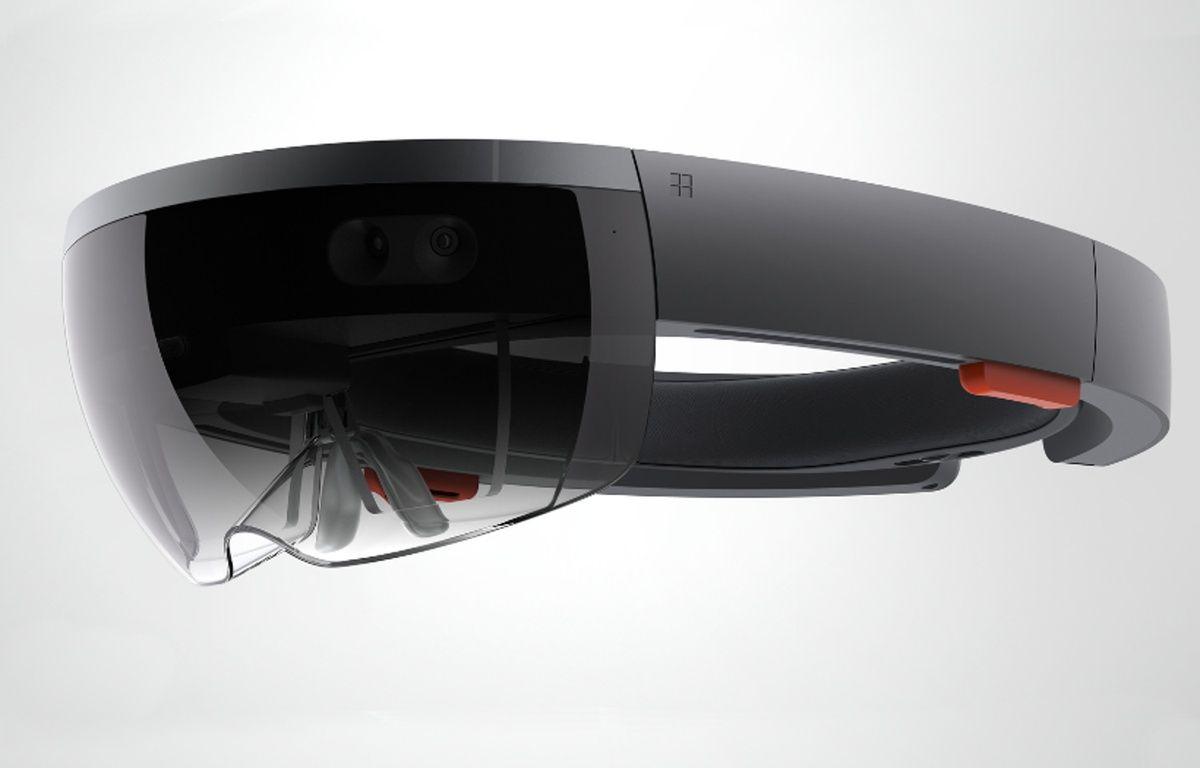 Le casque de réalité augmentée de Microsoft HoloLens. – MICROSOFT