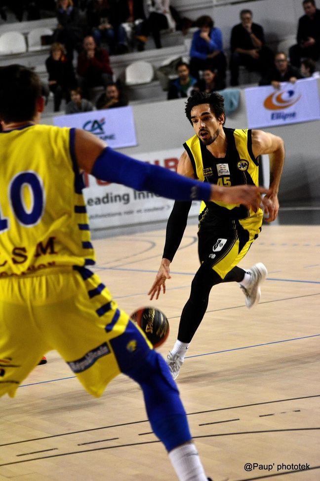 Sami Driss porte de nouveaux les couleurs des JSA Bordeaux Métropole Basket cette saison.