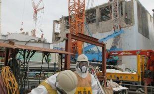 Le gestionnaire de la centrale ravagée de Fukushima, dans le nord-est du Japon, a reconnu pour la première fois que l'accident nucléaire qui s'y était produit avait été à l'origine du suicide d'un agriculteur, ont annoncé jeudi les avocats de la famille.