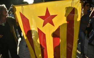 Défilé d'indépendantistes catalans à Pampelune le 12 octobre 2017