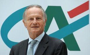 La banque française Crédit Agricole va devoir remettre au pot 600 à 700 millions d'euros supplémentaires pour pouvoir céder sa filiale grecque Emporiki, affirme lundi le quotidien économique Wall Street Journal, citant des sources proches des négociations.