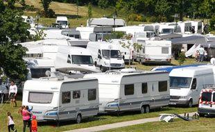 Les élus et les agriculteurs de Haute-Savoie ont manifesté pour dénoncer la recrudescence des installations illégales de campements des gens du voyage. (illustration)