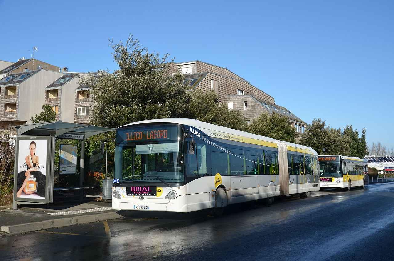 la rochelle le r seau de transports l 39 arr t suite une attaque main arm e dans un bus. Black Bedroom Furniture Sets. Home Design Ideas
