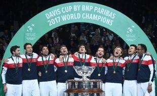 Les Bleus Chantent La Marseillaise Apres Leur Victoire En Coupe Davis Face A Belgique