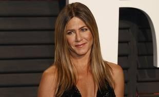Jennifer Aniston à la soirée Vanity Fair des Oscars
