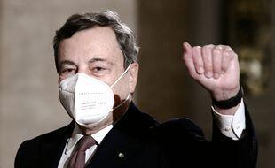 Le nouveau Premir ministre italien Mario Draghi devant le palais du Quirinal à Rome, le 12 février 2021.