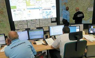 Gendarmes et policiers coordonnent les actions sur le réseau routier de 20 départements.
