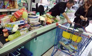 Les prix à la consommation en France ont progressé de 0,8% en mars après avoir déjà augmenté de 0,4% en février, gagnant 2,3% sur un an, a annoncé jeudi l'Institut national de la statistique et des études économiques (Insee).