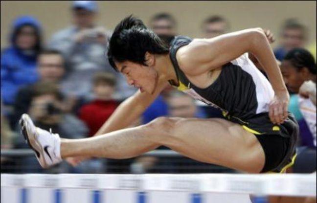 L'Américain Tyson Gay (200 m) et le  Chinois Liu Xiang (110 m haies) aiment la piste de Lausanne et ils l'ont encore fait savoir mardi soir en signant de remarquables performances lors de la réunion d'athlétisme comptant pour le Super Grand Prix.