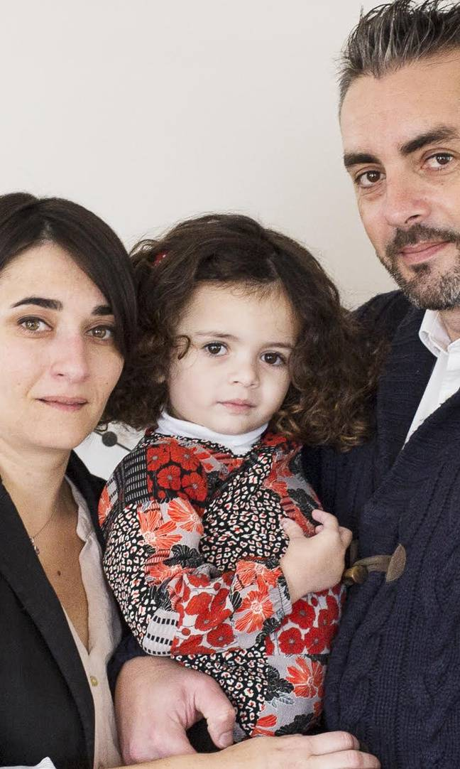 Justine et ses parents, Laurette et Frédéric Téqui de l'association Just'y croire.