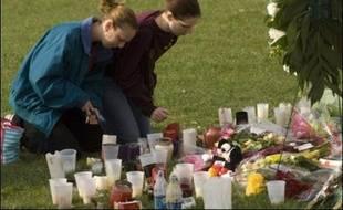 Le tireur à l'origine de la mort d'une trentaine de personnes à Virginia Tech avait fait un séjour en institution psychiatrique et ses troubles étaient connus de la police de l'université, a admis mercredi le responsable de la police du campus.