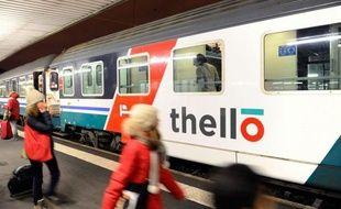 Voyageurs français ou italiens, conducteur et personnel de bord: ils étaient nombreux à avoir le sentiment de vivre une petite révolution dimanche soir à bord du train Paris-Venise de Thello, première compagnie à venir défier la SNCF sur ses terres.