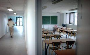 L'enseignant, arrivé seulement cette année dans l'établissement, aurait eu«très peur», mais n'a pas été blessé.