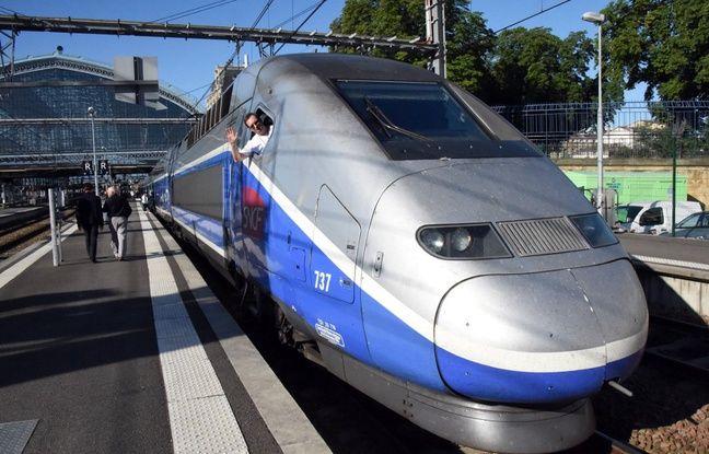 Réforme des retraites: Le trafic en «en légère amélioration» à la SNCF et à la RATP vendredi, 2 TGV sur 3, 1 ligne de métro fermée