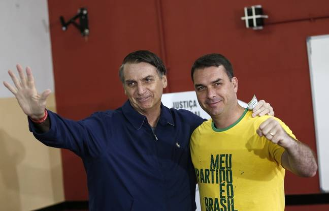 Le fils de Jair Bolsonaro compare l'attaque contre son père aux attentats du 11-Septembre