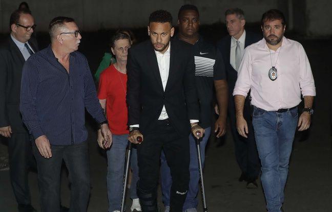 Neymar accusé de viol: La police française saisit des vidéos de surveillance de l'hôtel parisien