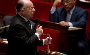 Le ministre du Budget Bernard Cazeneuve est auditionné ce mardi par la commission des Finances de l'Assemblée nationale après l'annonce d'un déficit budgétaire 2013 supérieur aux prévisions initiales mais moindre qu'en 2012.