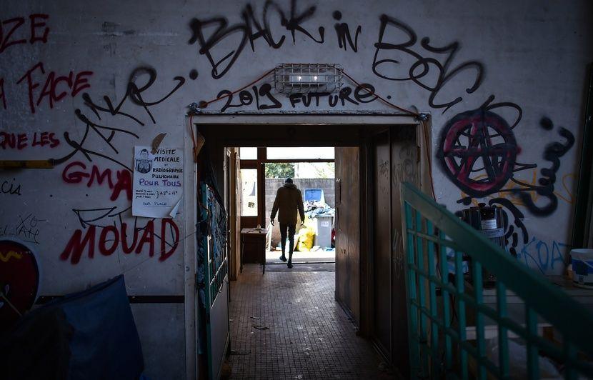 Nantes : Un migrant du squat Jeanne-Bernard blessé à la tête d'un coup de couteau