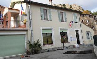 L'école du village d'Ascros compte onze élèves, de la maternelle au CE1.