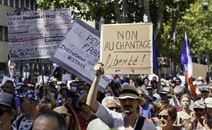 Manifestation contre le pass sanitaire le 21 août 2021 à Marseille.