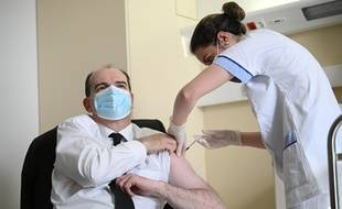 Jean Castex qui se fait vacciner, le 19 mars 2021.