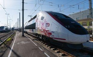 Le nouveau TGV Oceane qui passe par Toulouse... mais pas à grande vitesse.