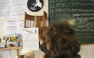 Paris, le 22 janvier 2014, la boulangerie, «La conquête du pain» pratique le concept de la «baguette en attente».
