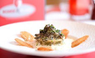 Gault & Millau a sélectionné le restaurant Rouge et Blanc, à Romanèche-Thorins (71).