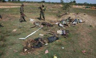 L'armée du Sri Lanka a affirmé lundi avoir tué au moins 250 rebelles tamouls depuis vendredi dernier dans le nord-est de l'île, théâtre d'âpres combats entre les troupes de Colombo et un dernier carré des Tigres de libération de l'Eelam tamoul (LTTE).