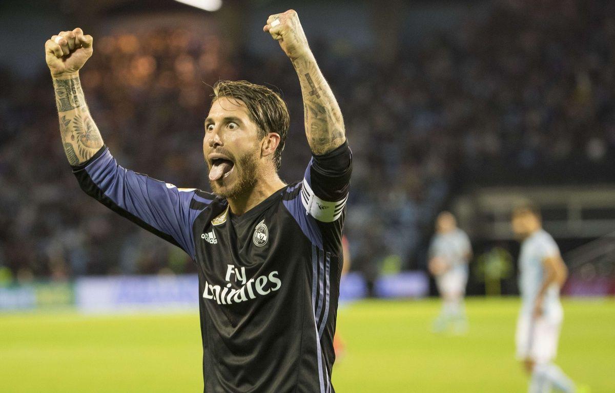 Sergio Ramos fête le titre de champion d'Espagne du Real Madrid, le 17 mai 2017.  – Lalo R. Villar/AP/SIPA