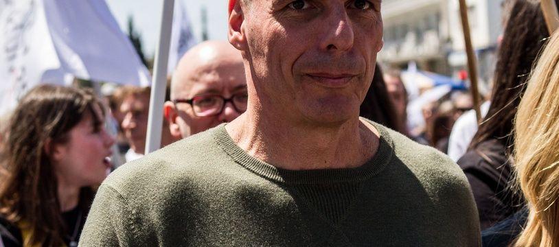 Yanis Varoufakis à la marche du 1er-Mai à Athènes en 2019.