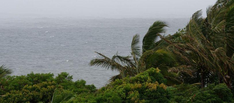 Avec de la pluie et du vent dans le sud, La Réunion se prépare a l'arrivée du cyclone Berguitta.