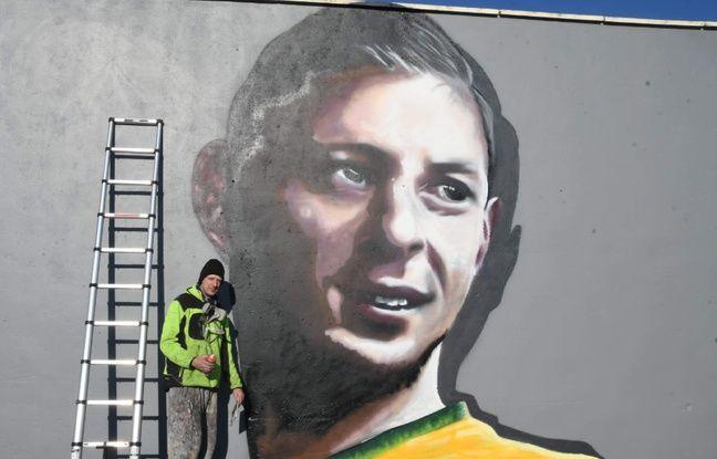 Pas-de-Calais: Un graffeur nordiste rend hommage au footballeur Emiliano Sala avec une fresque murale