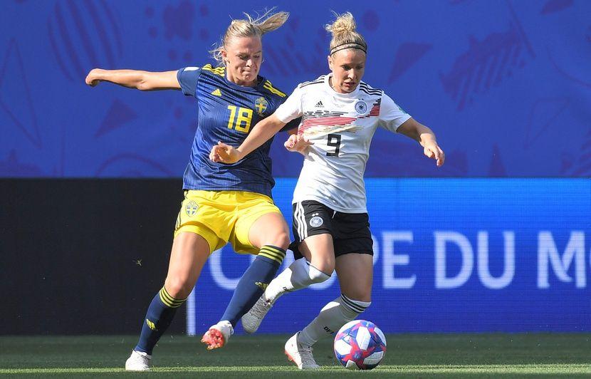 Allemagne Suede Coupe Du Monde Feminine L Allemagne Eliminee Par Une Suede Realiste Revivez Le Match Avec Nous