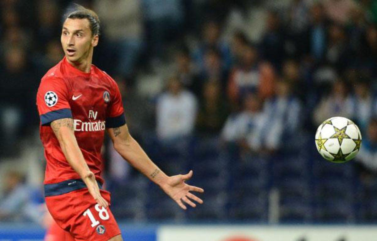 Le Parisien Zlatan Ibrahimovic, le 3 octobre 2012, à Porto. – AFP PHOTO/ MIGUEL RIOPA