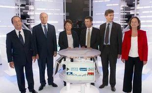 Les six candidats aux primaires socialistes lors du deuxième débat sur le plateau d'i-Télé, le 28 septembre 2011.